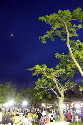 平和病院夏祭の月空Jweb.jpg