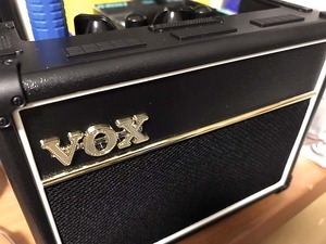 VOXamp01Jweb.jpg